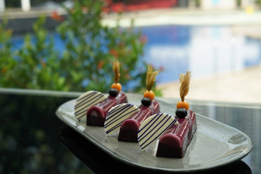 Blueberry Chocolate Mousse Cake at grandkemang jakarta - d'courtyard
